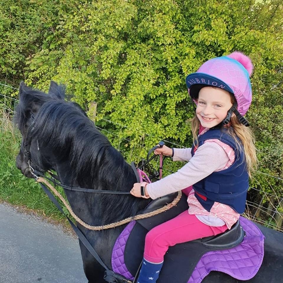 FG-Horse-riding